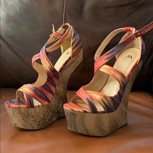 Size 7.5 Heel-less platforms!